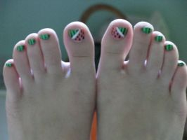 my ticklish toes by Rainewhite