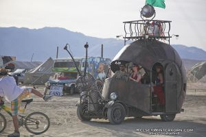 burningman 2010 snail by kikkums