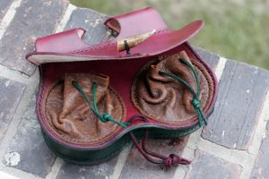 A red belt pouch for a LARP 2 by djorll