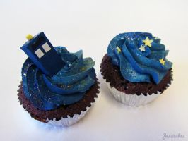 TARDIS cupcakes (Version 2) by thesearejessicakes