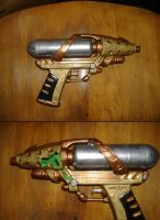 Steampunk Pistol and Damage by sjbonnar