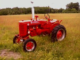 Red Farmall Tractor by Overclock45