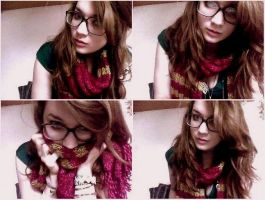 Griffindor Scarf by stuk-in-reality