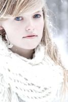 White Queen by Mariehoene