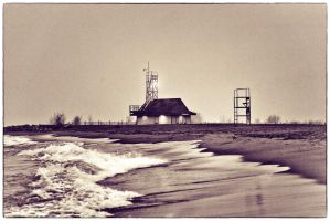 Leuty Lifeguard Station by w2photographytoronto