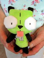 GIR Plushie by haselwoelfchen