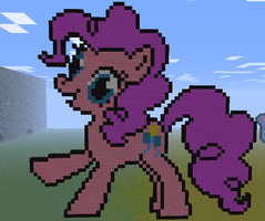 Minecraft - Pinkie Pie by aprilgoddess