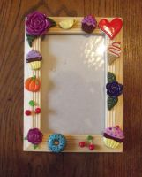 Yummy picture frame by MeticulousBlue