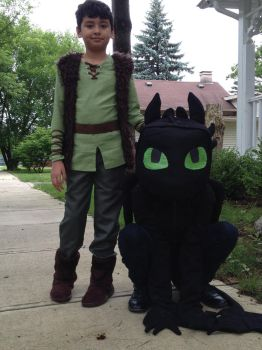 How to Train Your Dragon Cosplay by TsundereRose