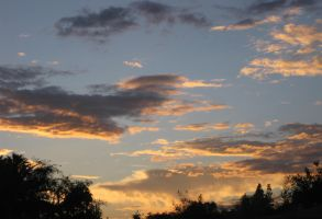 Clouds 091714 01 by acurmudgeon