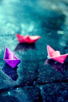 Paper Boat by Eredel