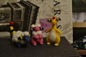 Needle Felted Mareep evolutions by feltieflaffy