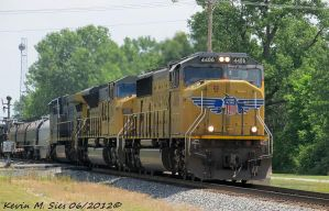 UP 4486 and UP 8190 lead CSXT Q686 10 by EternalFlame1891