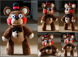 Five Nights At Freddy's - Toy Freddy - Plush by roobbo