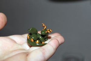 Miniature dragon green and gold by Guvy