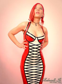 Mademoiselle Ilo - Dolce Vita latex dress - Model  by Mademoiselle-Ilo
