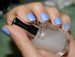 Bikini So Teeny - Essie by Polish-In-Paris