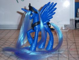 Brushable God Tier Luna by Wolferahm