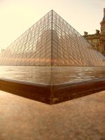 Triangles in Paris by La-V