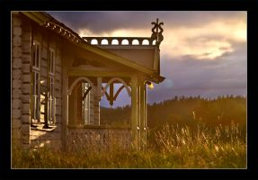 Golden hour cabin 2 by ThomasJergel
