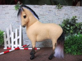 OOAK wool felt model Norwegian Fjord by Tawneyhorses