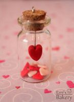 Gift: Miniature love in a bottle by EmisBakery