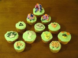 Cupcake Decorating by prismkitty