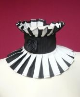 Black and White Neck Ruff by Estylissimo