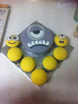 Minion cakes.. by KariCliche