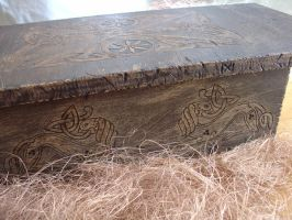 Celtic floor table by morgenland
