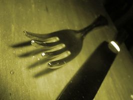 .hungry. by poetique-angel