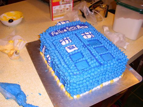 TARDIS Birthday Cake~ by BadWolf212