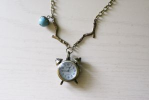 Time does fly - Necklace by MonsterBrandCrafts