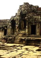 Angkor Thom by sapphiresphinx