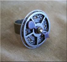 Steampunk Clockwork Ring by SteamPunkJennie
