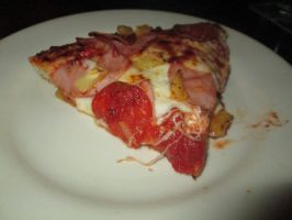 A slice of pepperoni/candianbacon/pineapple pizza by mylesterlucky7