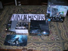 Halo 4 console e limited[1] by ninjamaster76