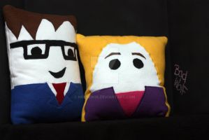 10th Doctor and Rose Tyler Pillow by holsen08