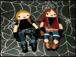 Leon and Claire Charms by GrandmaThunderpants