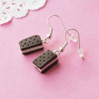 Cute Icecream Sandwich Earrings by AsianBunni