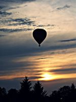 Hot air balloon II by BowWowWow
