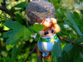 obelix on tree by Cab-GdL