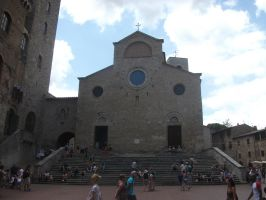 in the centre of San Gimignano by LilDash