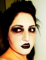 Vampire Makeup by soffl