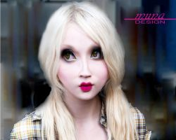 Doll Eyes by MUNA02