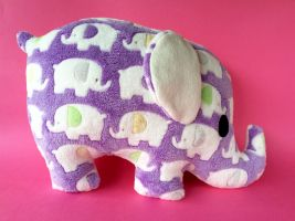 Horton the plush elephant by FizziMizzi