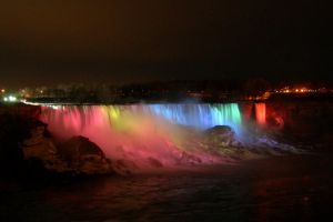 Niagara Falls Illuminated by kuschelirmel