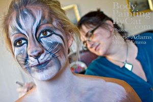 Cat paints a cat by Bodypaintingbycatdot