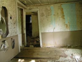 old abandoned- interior 2 by TinkerBeIIe143