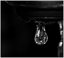 Drops of Bokeh by GrotesqueDarling13